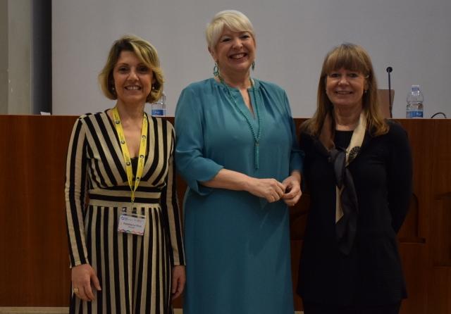 Palmina Larosa, Julie Wallis e Margaret Fowler